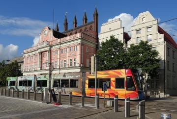 Rostock_Rathaus_70-Jahre-Kunst-am-Bau_Roland-Fuhrmann_DSC00868