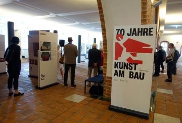 Rostock_Rathaus_70-Jahre-Kunst-am-Bau_Roland-Fuhrmann_DSC00872