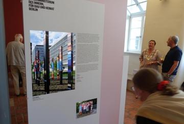 Rostock_Rathaus_70-Jahre-Kunst-am-Bau_Roland-Fuhrmann_DSC00878
