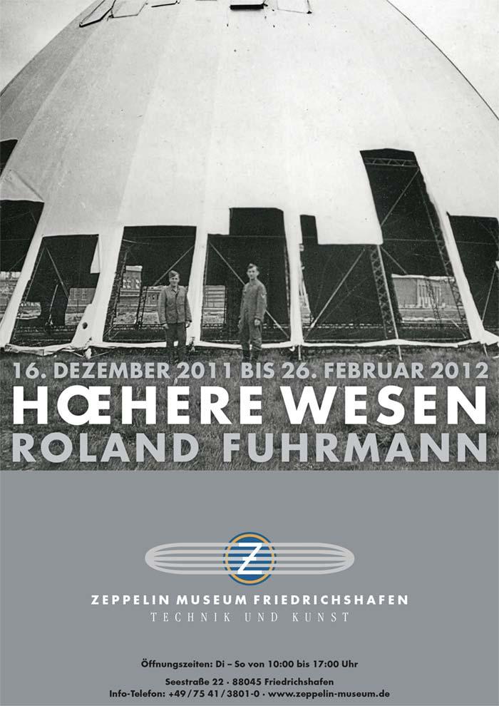 Plakat HŒHERE WESEN, Ausstellung im Zeppelin Museum