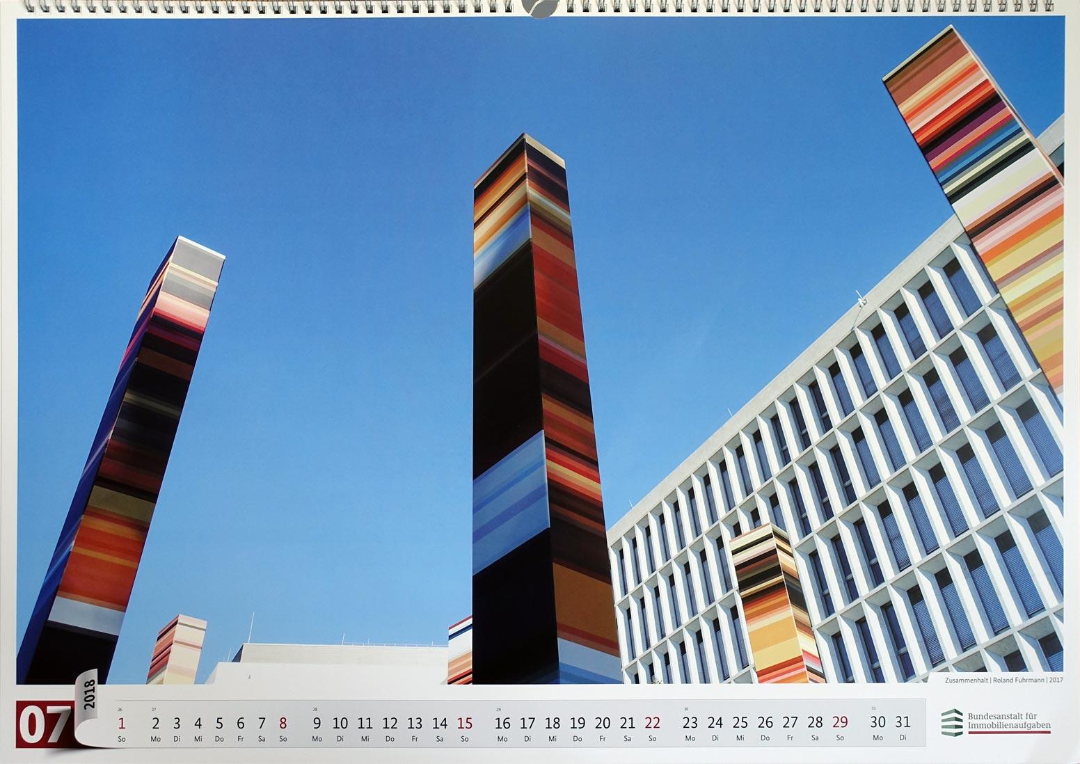 ZUSAMMENHALT, Roland Fuhrmann, Juli-Blatt im Kalender der Bundesanstalt für Immobilienaufgaben Bonn, 2018